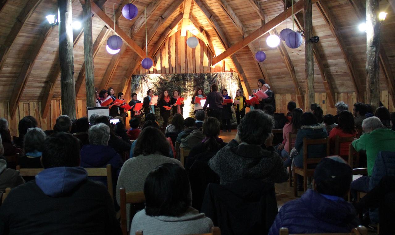 Coros de Argentina y Chile participaron del Encuentro Coral del Chucao organizado por Huilo Huilo