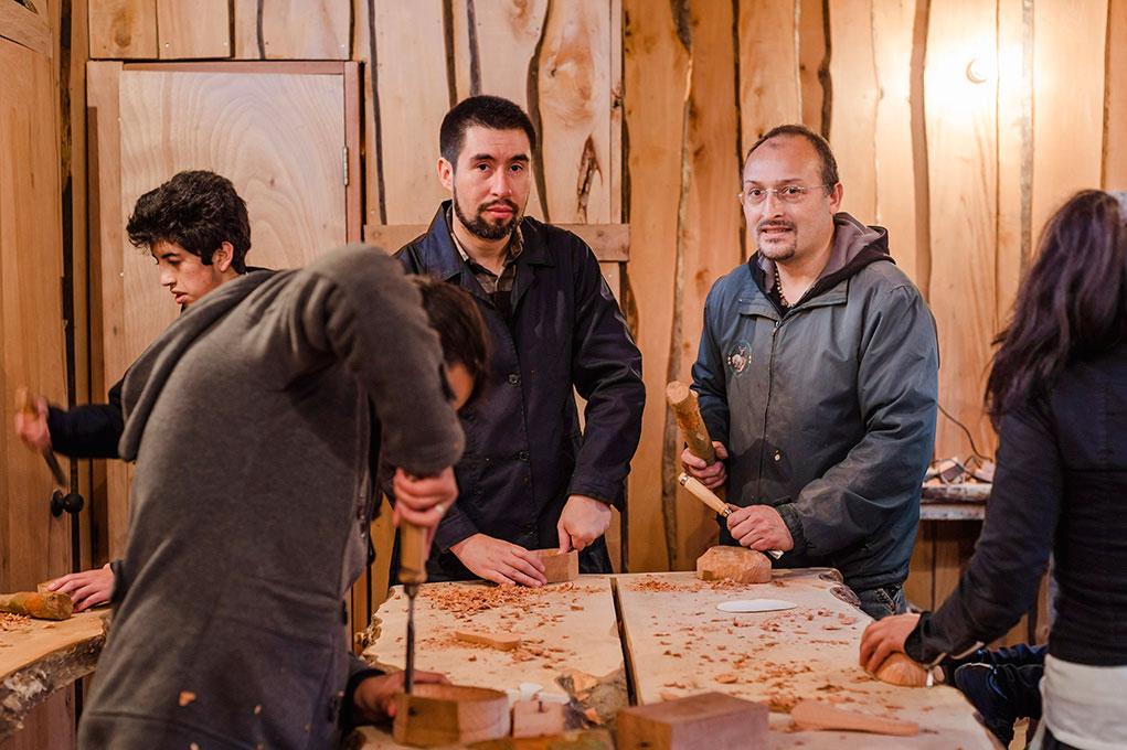 El año 2014 se retomo el taller detallado en madera con el Monitor, Dragomir Gonzalez, Filemon III.
